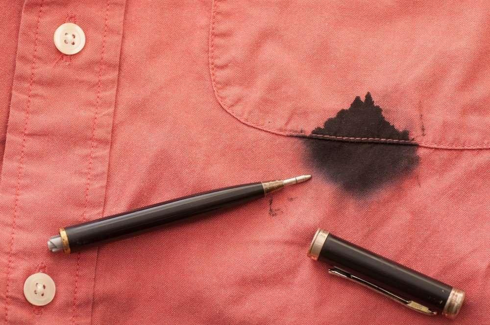 Tükenmez Kalem Lekelerini Bu Yöntemler ile Kolaylıkla Çıkarabilirsin.